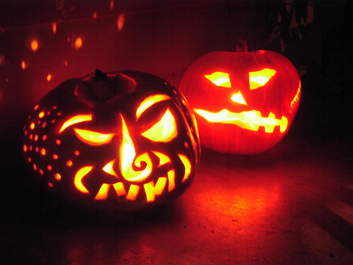 A Ghoulish Happy Hallowe'en!