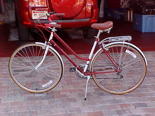 Cc Bicycle Gallery John Tsataros Schwinn World Tourist
